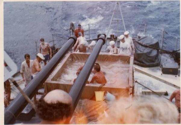 [ Les traditions dans la Marine ] LE PASSAGE DE LA LIGNE - ÉQUATEUR (Sujet unique) 061113043705208475