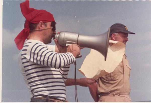 [ Les traditions dans la Marine ] LE PASSAGE DE LA LIGNE - ÉQUATEUR (Sujet unique) 061113043734208476