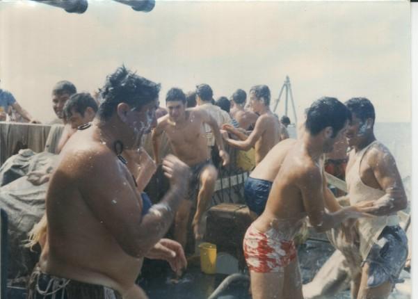 [ Les traditions dans la Marine ] LE PASSAGE DE LA LIGNE - ÉQUATEUR (Sujet unique) 061113044016208482