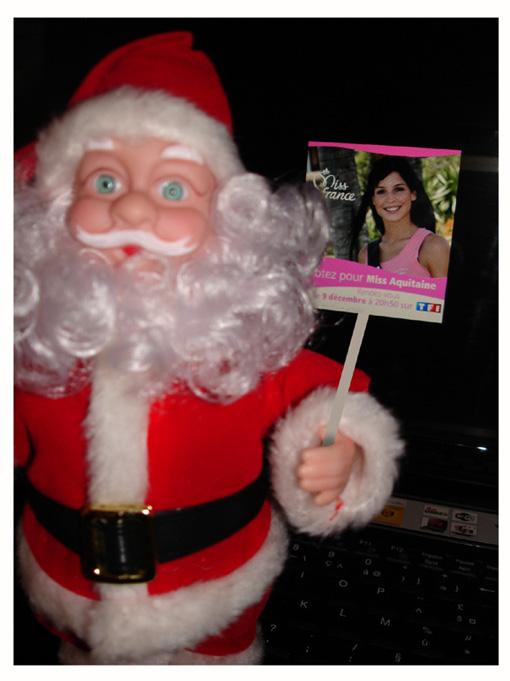 Le Père Noël fait de la propagande pour Lyse Ruchat … (si tu ne connais pas Lyse Ruchat, donc si tu es un gros naze, clique ici !)