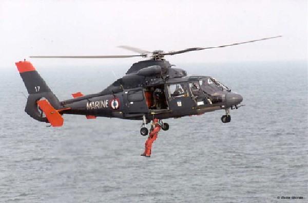 [ Aéronavale divers ] Hélicoptère DAUPHIN 061230010413265384