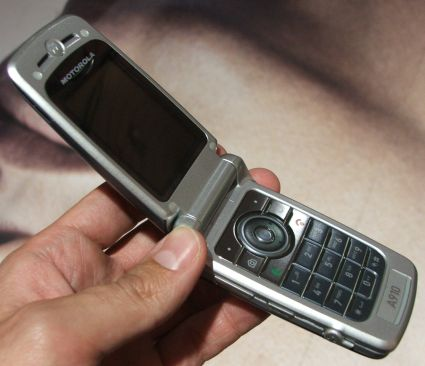 Téléphone portable fin