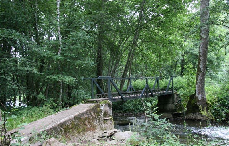 Aout 2007 - sud de l'Yonne, en bordure du Morvan 0708110854069673993469