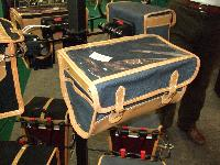 Nouvelles selles cuir et bagagerie superbe.... pour Bromie. Mini_071003124803142181291491