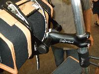 Nouvelles selles cuir et bagagerie superbe.... pour Bromie. Mini_071003124946142181291500